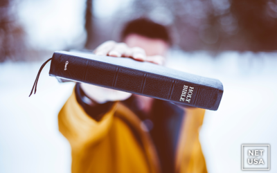 Top 10 Ways to Fall in Love with the Bible